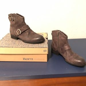NWT Born ankle boots 9.5